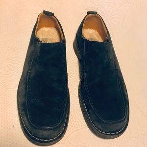 UGG black suede slip on shoes s/n 5534
